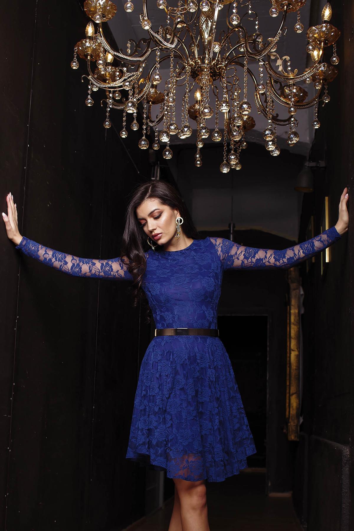 Rochie Artista albastru-inchis de ocazie in clos din dantela elastica captusita pe interior cu maneci lungi