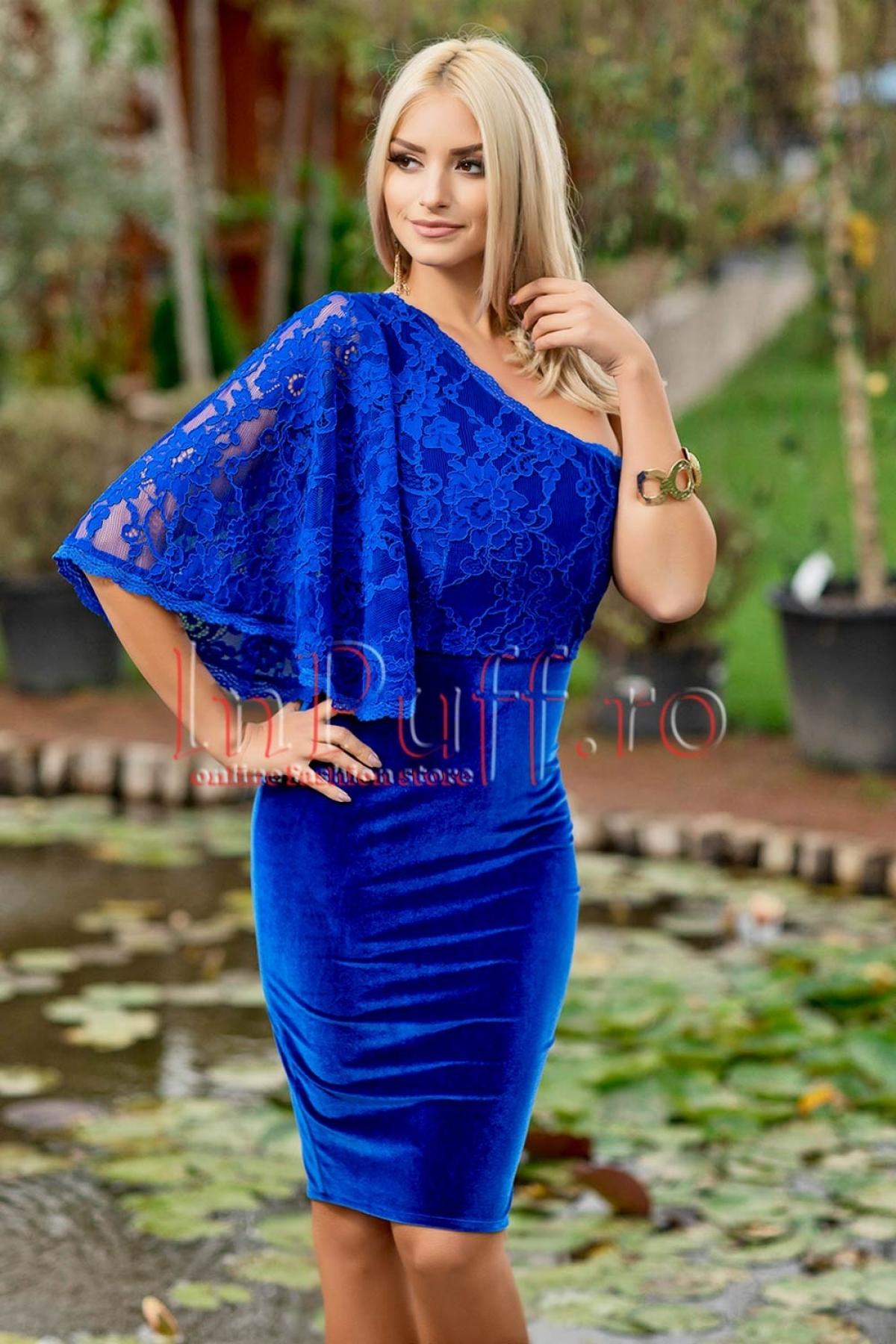 Rochie midi albastra din catifea