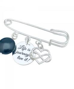 Brosa personalizata cu pandantiv argint perla Swarovski si charm Life is a journey
