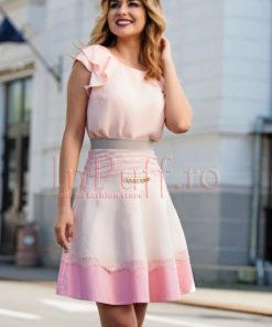 Fusta Venezia roz pal accesorizata cu lant auriu si dantela